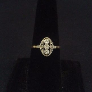 Edwardian diamond ring in platinum